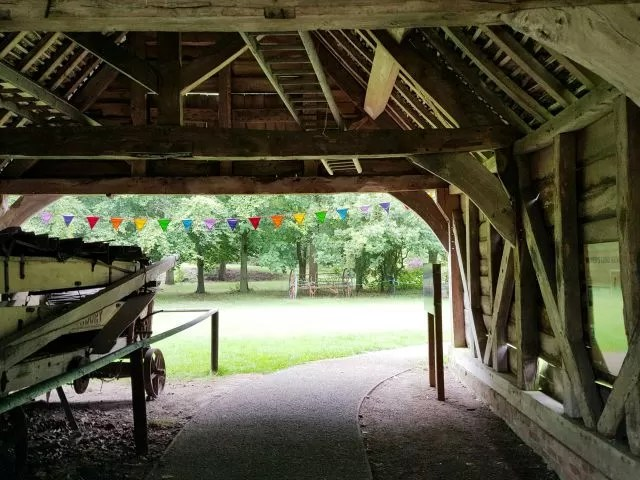 wagon barn