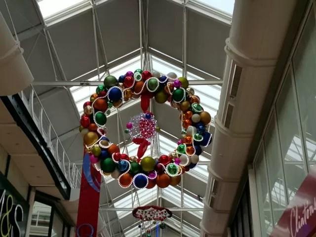 Banbury town Christmas decorations