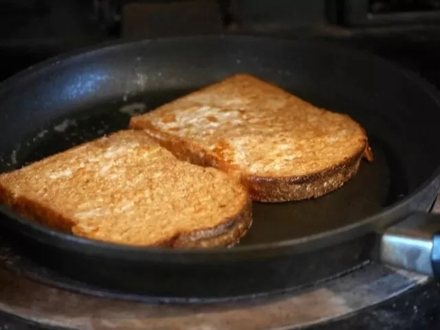 cooking french donut toast