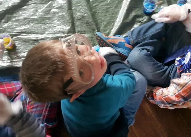 Living arrows 2016 week 6 - looking up wearing science goggles
