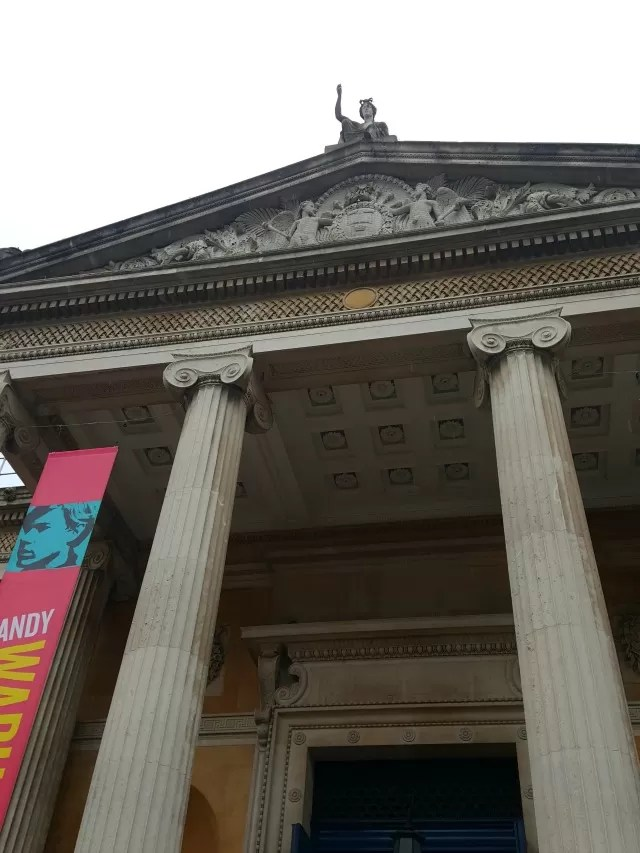 the entrance of the Ashmolean