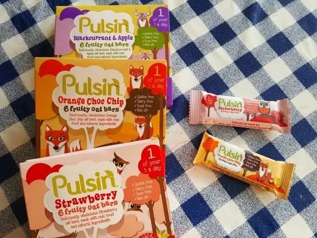 Pulsin fruity oat bars for kids