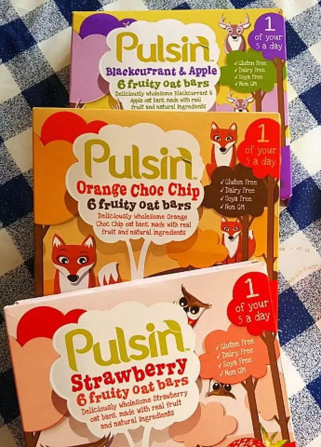 Review of Pulsin kids fruity oat bars Bubbablue and me