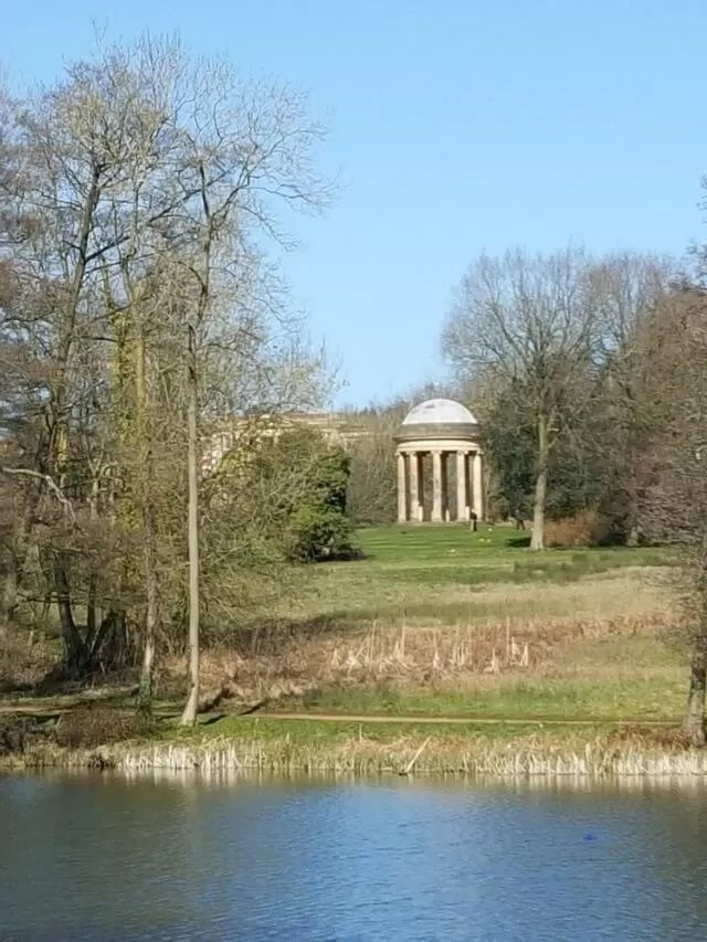 temple at Stowe Gardens