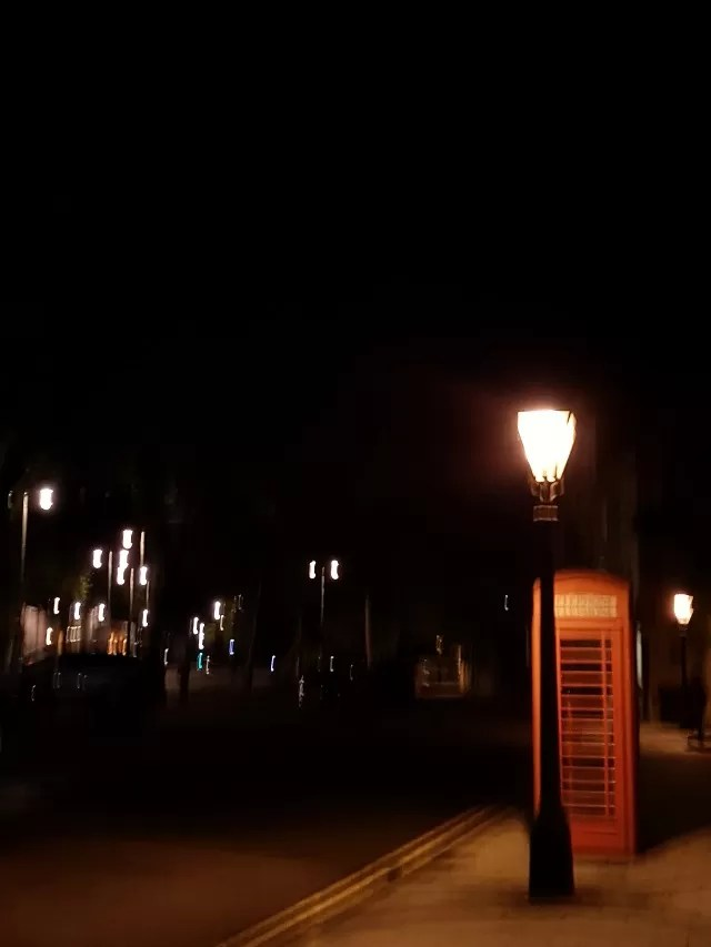 phone box and lights in Oxford at night