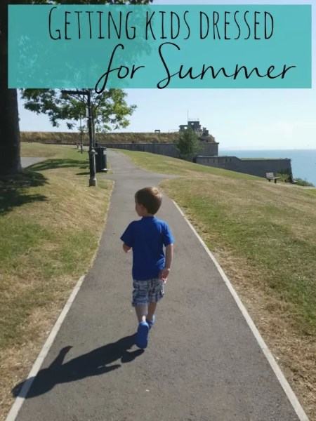 Getting kids dressed for summer - Bubbablue and me