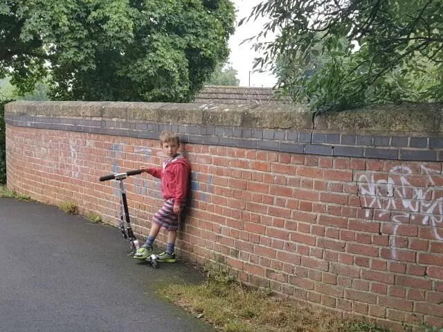 My Sunday photo scooting by graffti