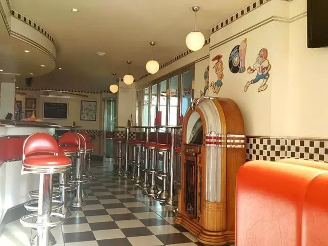 jersey joes 50s style diner