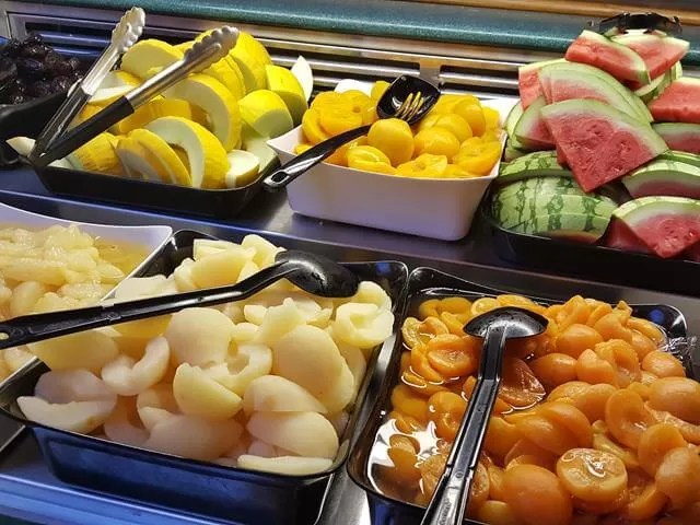 fruit breakfast at merton hotel