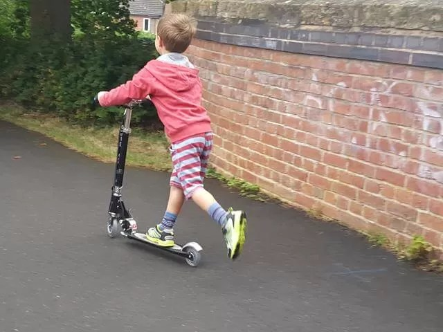 scooting off