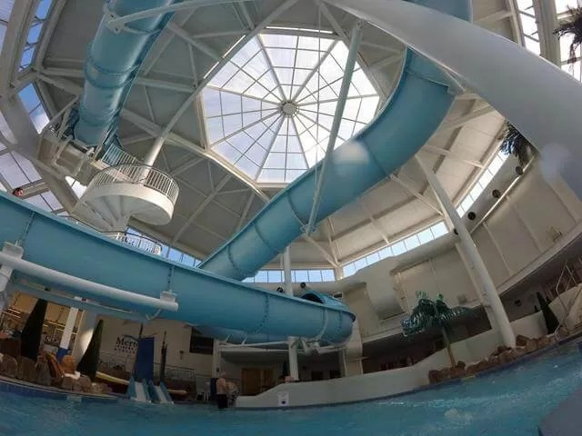 slide in the pool at merton hotel