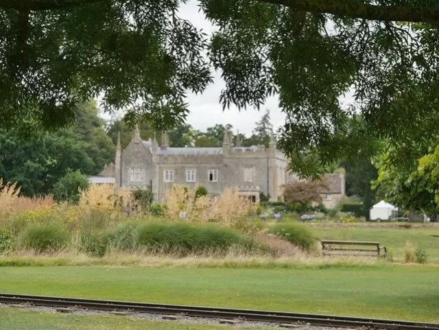 the-house-at-cotswold-wildlife-park