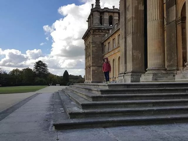 wandering at the back of blenheim palace