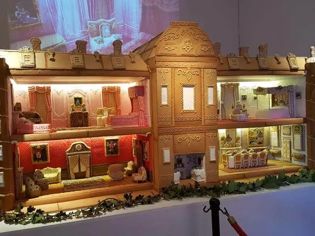 biscuiteers gingerbread house at waddesdon Manir