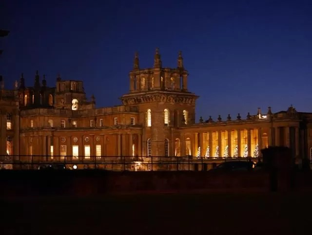 lit up christmas at blenheim