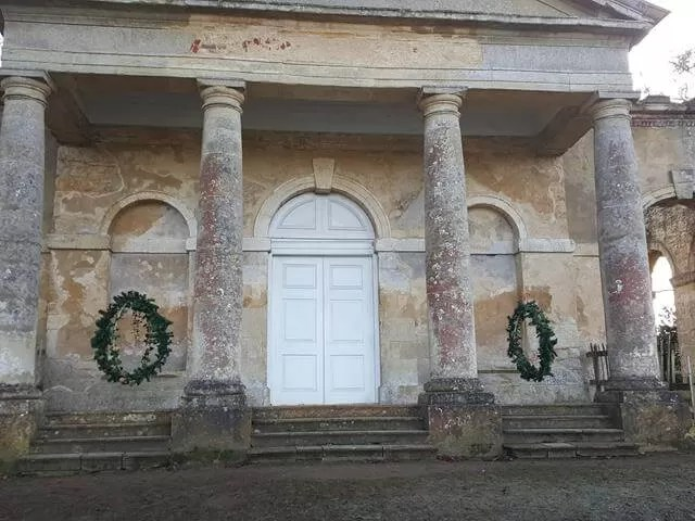 giant wreaths at Stowe gardens