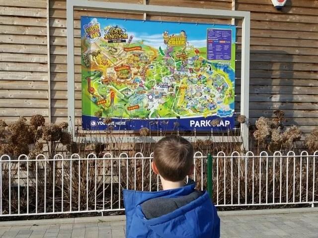 Paultons Park entrance map