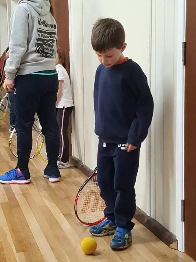 crews necks jumpers at tennis