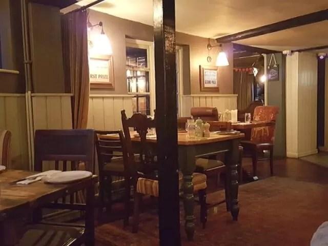 fox and hounds restaurant