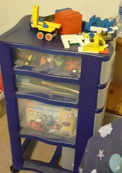 Lego storage drawers on wheels
