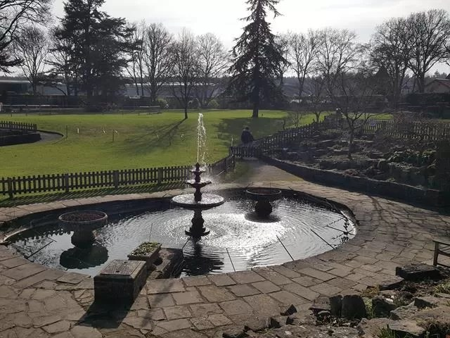 fountains at paultons park