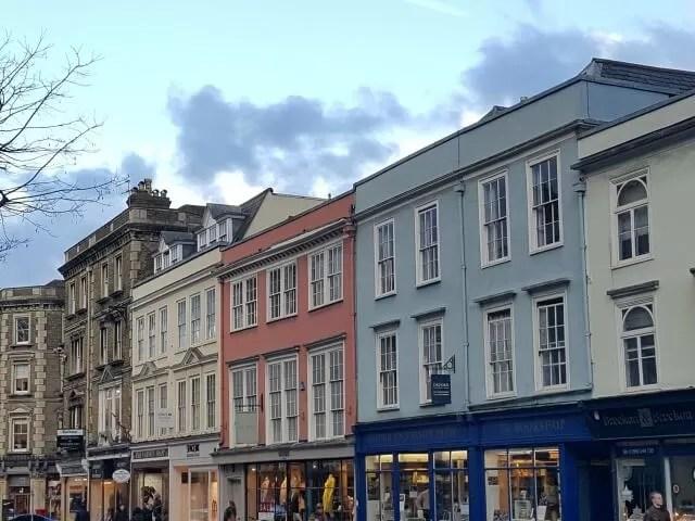 queen street building in oxford