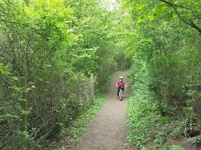 cycling off road at Ryton Pools