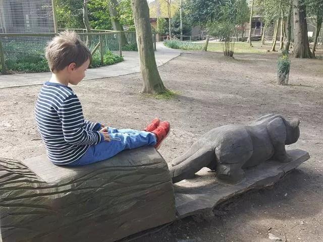 sitting easy at amazonia zoo