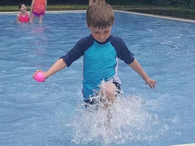 Paddling pool at stratford upon avon