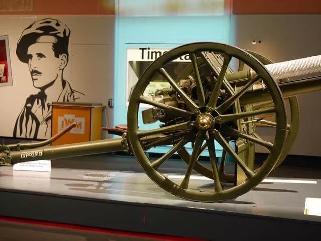 cannon at imperial war museum