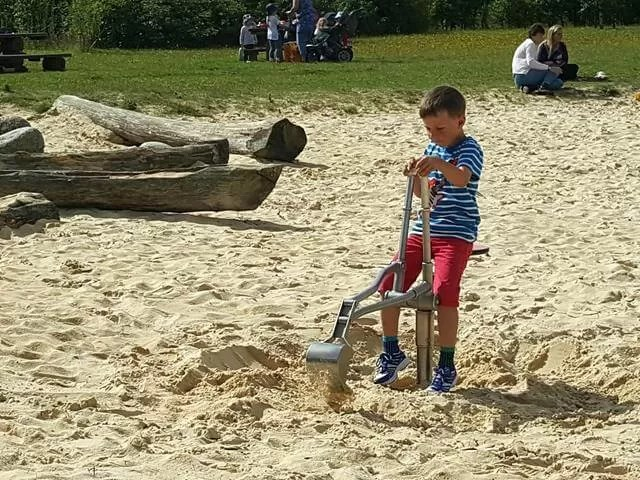 sand pit diggers