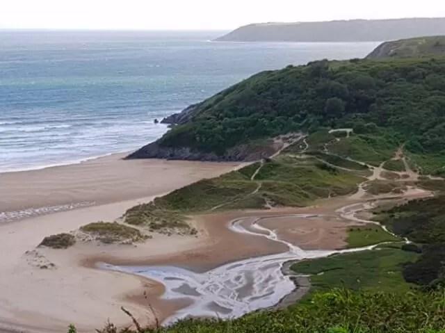 three cliffs bay vista