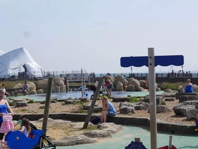 playground at blue reef aquarium southsea