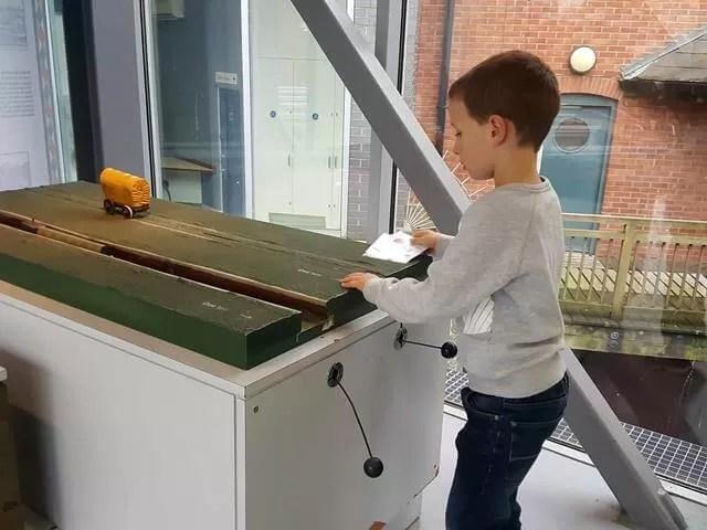 testing towing weights at banbury museum