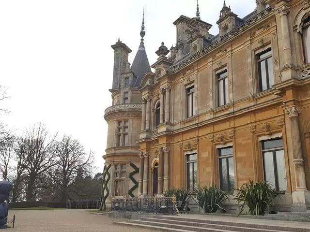 side of waddedson manor
