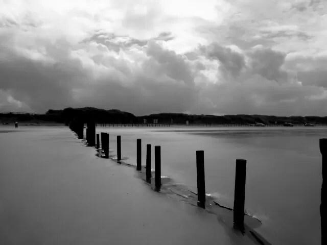 Berrow beach black and white - Bubbablue and me