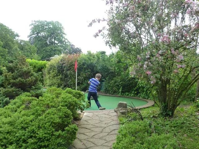 playing mini golf in victoria park.