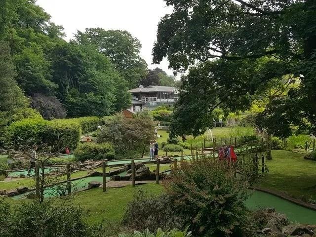 views of royal victoria park golf.