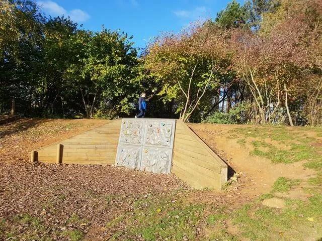 climbing wallat irchester country park