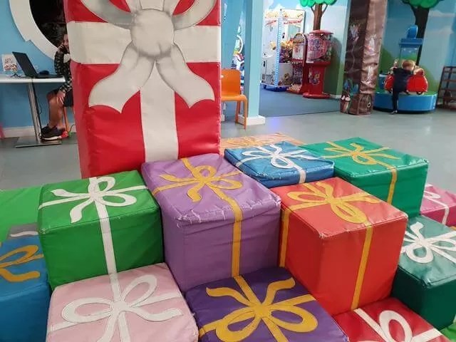 presents seating area
