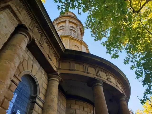 looking up at st marys church banbury