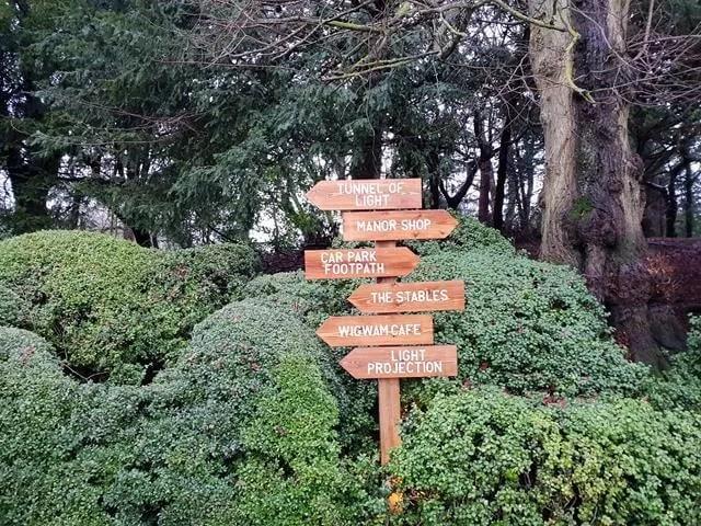 christmas light trail signs