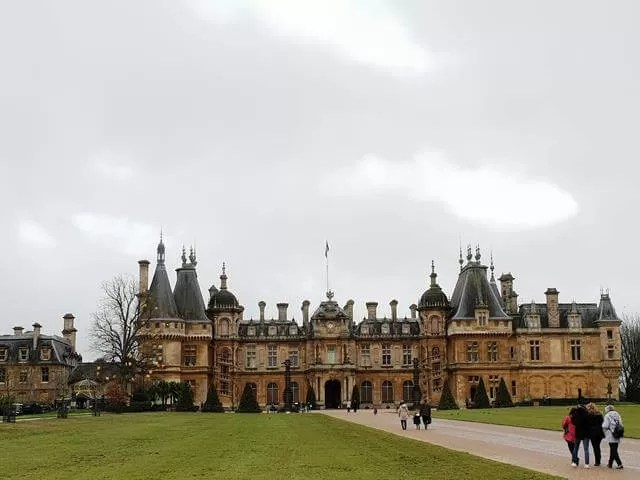 waddesdon manor up the drive
