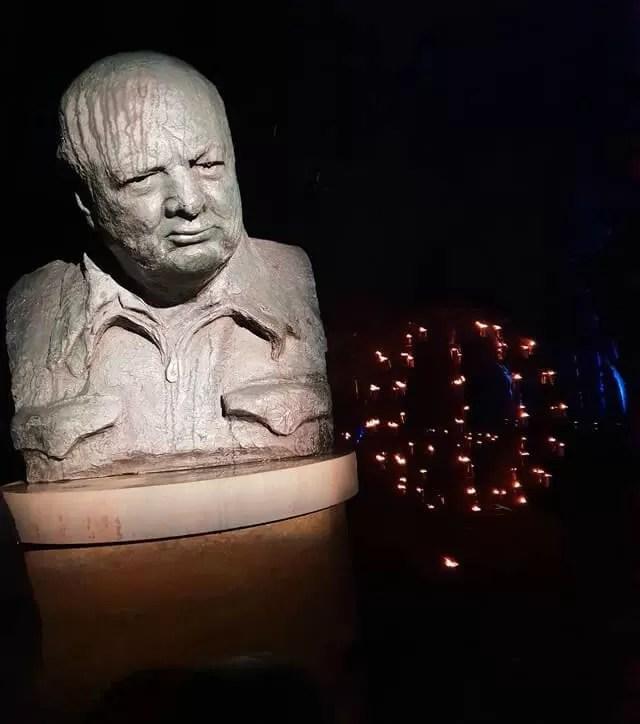 winston churchill statue in the dark