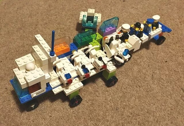 Lego mobile police station
