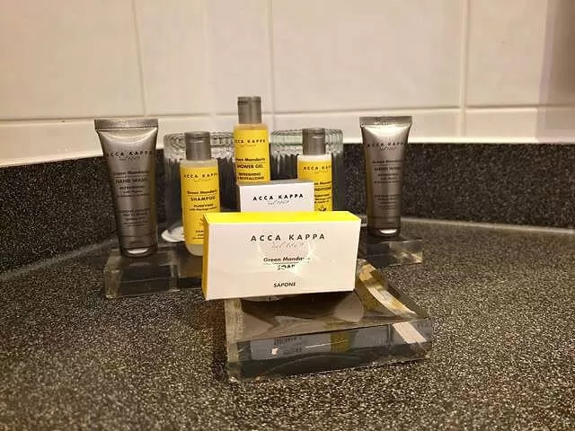 toiletries in hotel