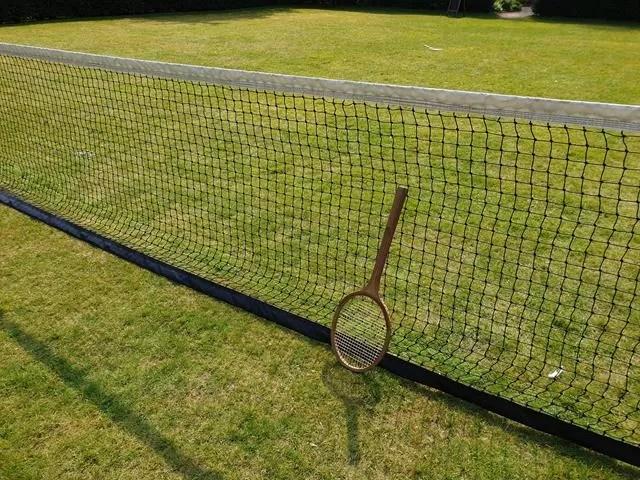 wooden tennis racket