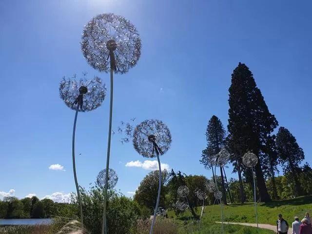 dandelion sculptures