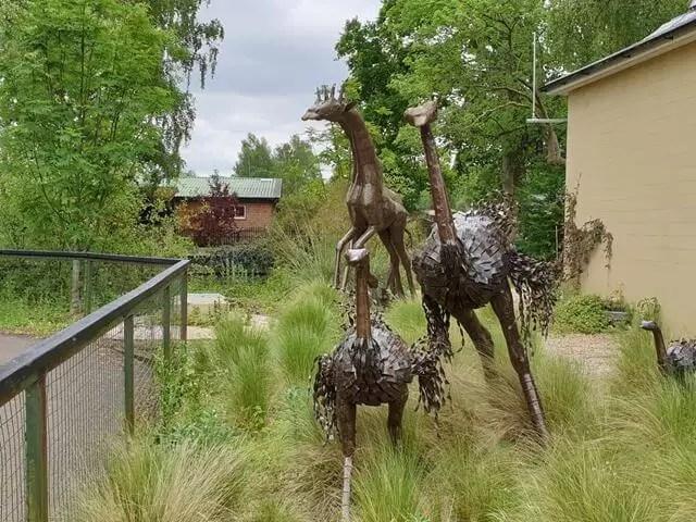 african metal animal scuptures