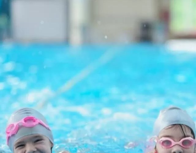 Swimming lessons for kids – the questions parents have